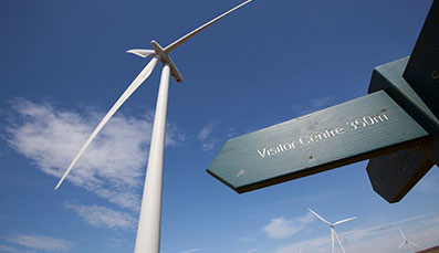 Young windfarm visitor praised for honesty